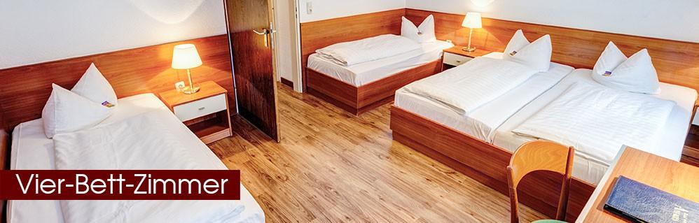 Vier-Bett-Zimmer